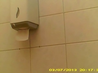 hidden cam toilet very good girl 1
