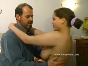 French father found his daughter on the casting free